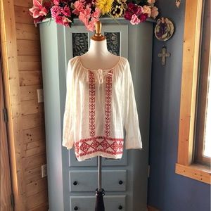 Gorgeous Blouse w/Hand Embroidery. NEW w/Tags!